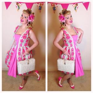Hair Flower ~ Soda Sweethearts on ETSY Dress ~ Glamour Bunny Bag ~ Vintage Shoes ~ BAIT Footwear